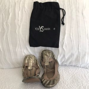 Yogi shoes